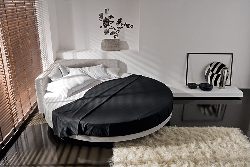 Round Circular Bed With Corner Headboard Ring Angolo