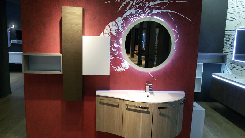 Arredo Bagno Bordeaux : B201 versus a652 u2013 mobile arredo bagno curvo l.131 cm