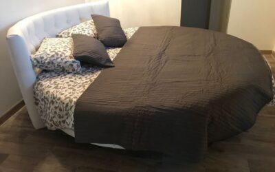 Arredamenti Cremona, mobili eleganti e letti rotondi