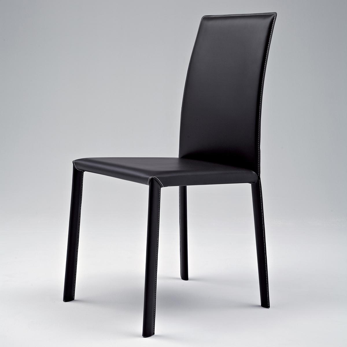 Rio sedia contemporanea e confortevole in cuoio for Cuoio arredo