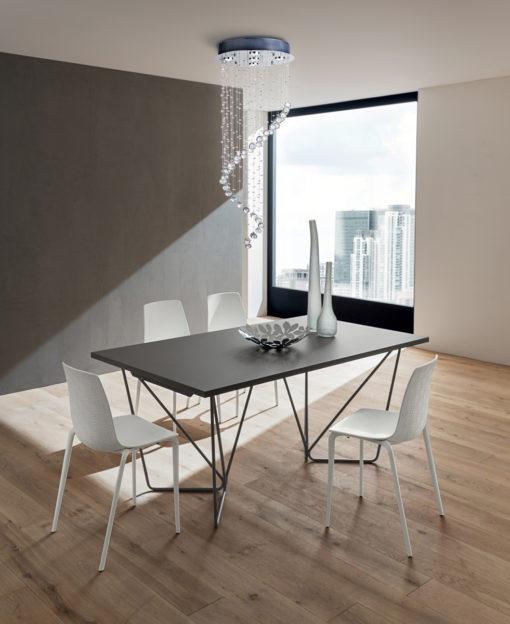 Denis - Tavolo di alto design ricercato e moderno