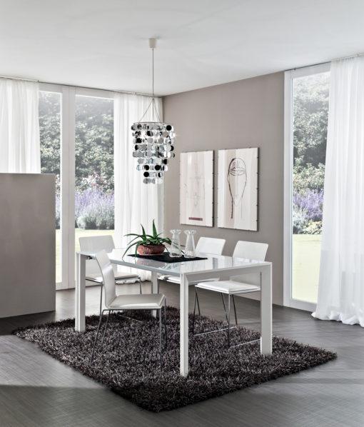 Tommaso - Tavolo design semplice ma dalla linea elegante