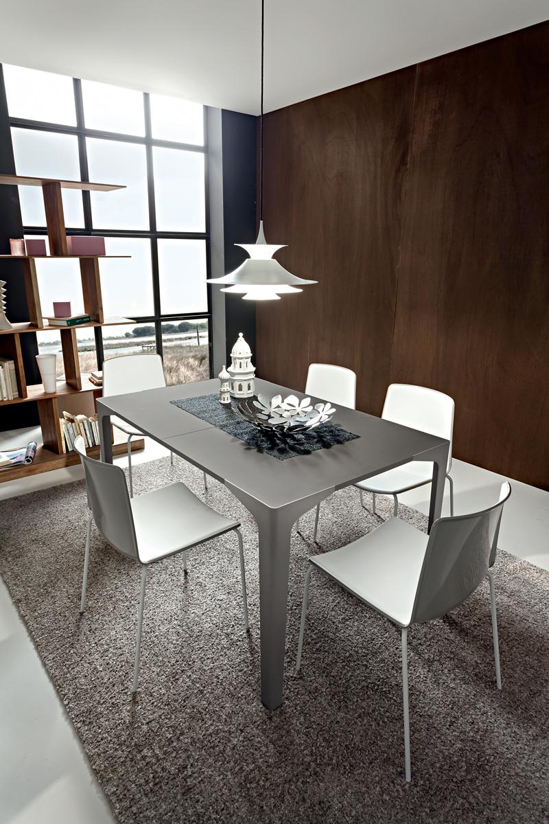 Ettore tavolo fisso moderno elegante con gambe in for Arredamento elegante moderno