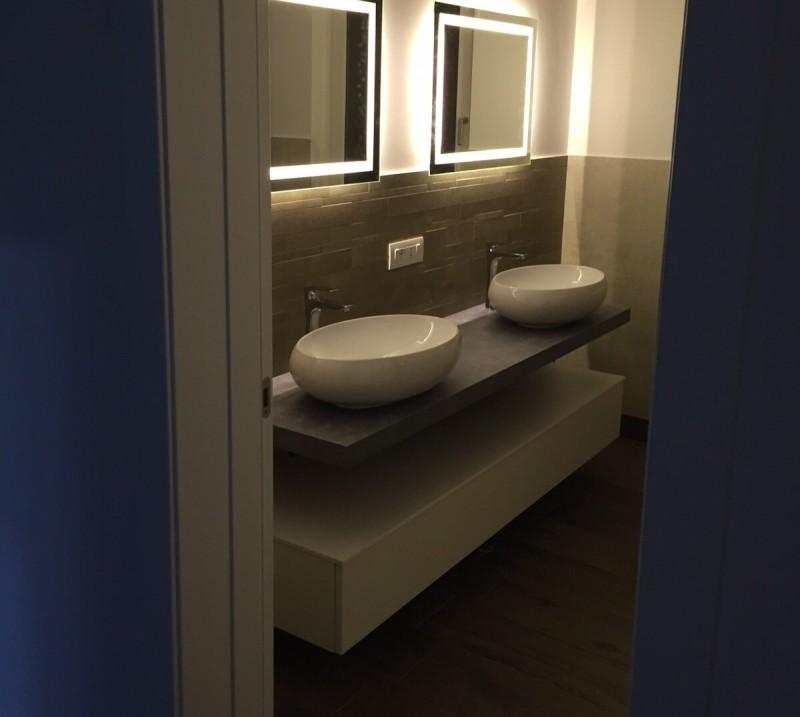 EL20 – Mobile arredo bagno design sospeso L.140 cm personalizzabile ...