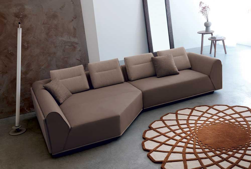 Riad divano design moderno in tessuto o ecopelle 100 for Made divani